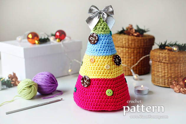 Crochet Pattern - Christmas Trees With Buttons