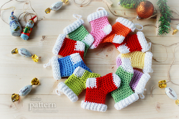 Crochet Patterns For Xmas Stockings : Crochet Christmas Stocking Ornaments (Pattern No. 013) ? Zoom Yummy ...
