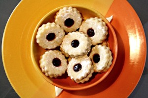 Cat's Eye Sandwich Cookies recipe with step by step pictures and list of ingredients, jam sandwich cookies, sandwich cookies with jam, jam filled cookies