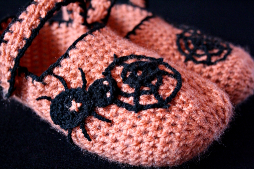 crochet-halloween-slippers
