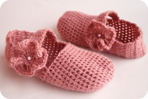 mary jane slippers, how to make mary jane slippers, how to make crochet mary jane slippers, mary jane slippers tutorial, mary jane slippers pattern