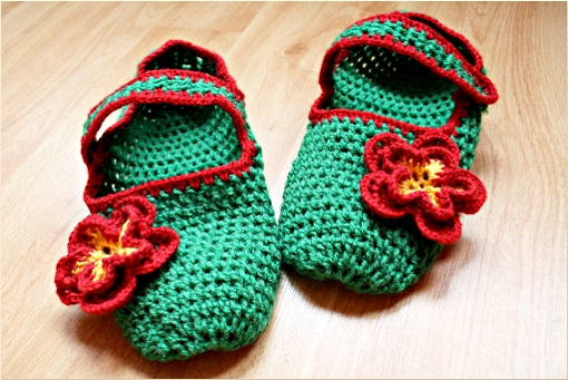 http://zoomyummy.com/wp-content/uploads/2010/02/slippers-whole-ii1.jpg