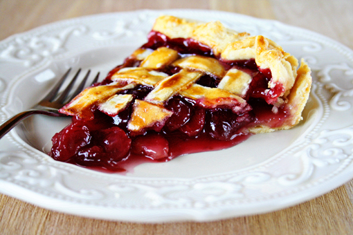 Cherry Pie …And A GIVEAWAY! « Pie « Zoom Yummy – Crochet ...