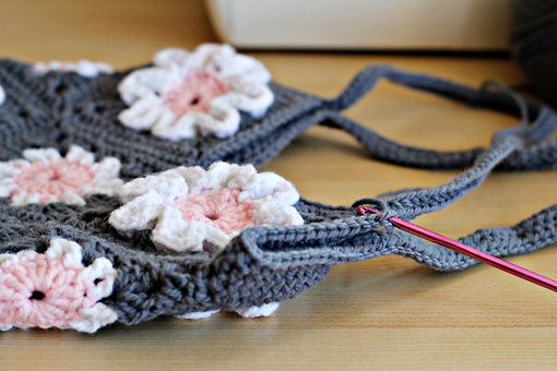 crochet patterns, crochet purse pattern, crochet scarf pattern, crochet toy pattern, crochet bag pattern, crochet miniature teddy bear patter, crochet box pattern, crochet necklace pattern, crochet bracelet pattern