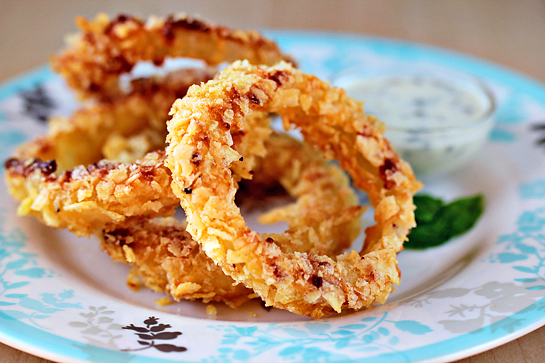 Oven-Fried Onion Rings | Zoom Yummy