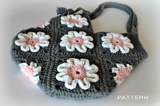 Crochet Flower Purse Pattern : Pattern ~ Crochet 3D Flower Purse ? Crafts ? Zoom Yummy - Crochet ...