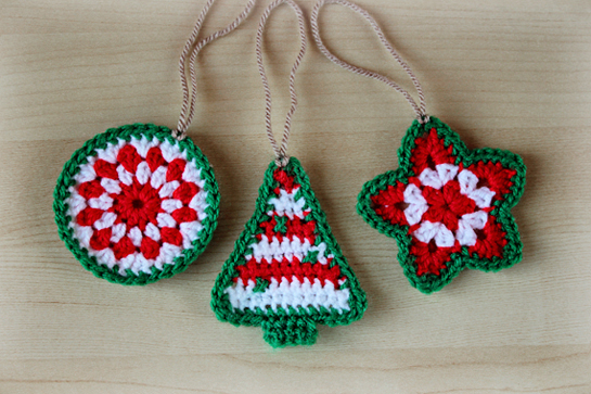 Simple Beans: Crochet Heart Ornament Pattern