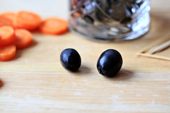 cream-cheese-black-olive-penguins-recipe