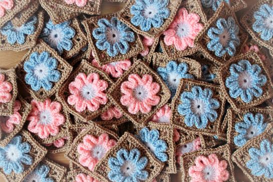 random-joy-flower-blanket