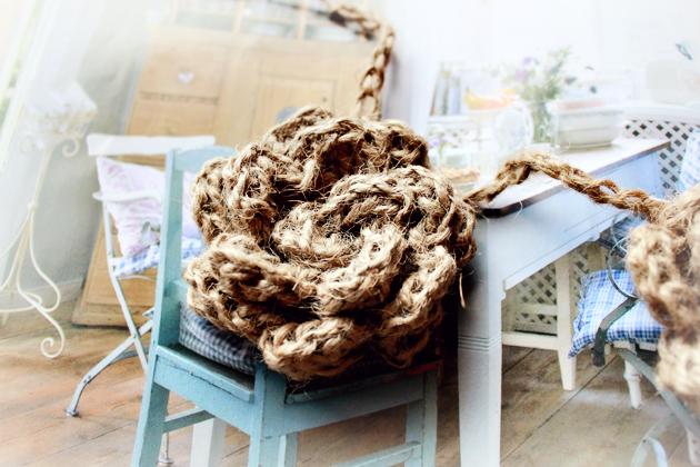 crocheted-twine-flower-garland