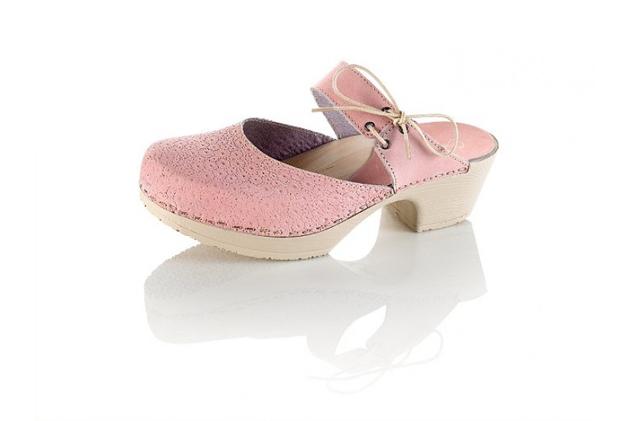 pink-clogs