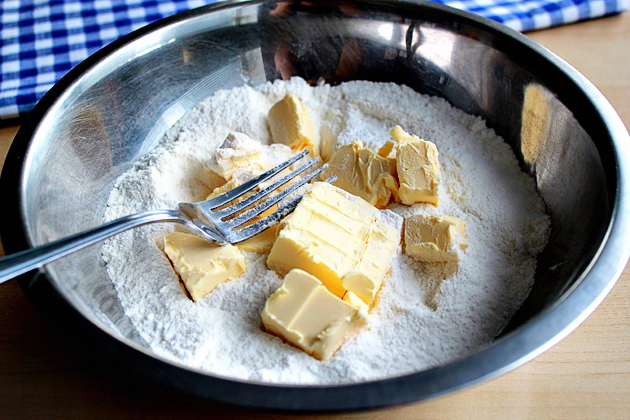 apple-tart-with-caramel-sauce-recipe