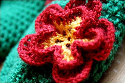 free crochet pattern - crochet flower