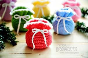 Mini Crochet Pouches (PATTERN)