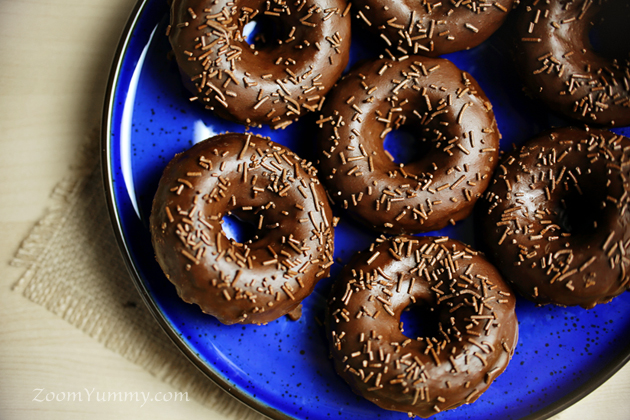 baked chocolate donuts with chocolate glaze recipe