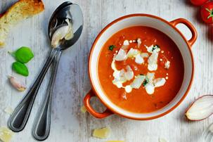 20-Minute Creamy Tomato Soup