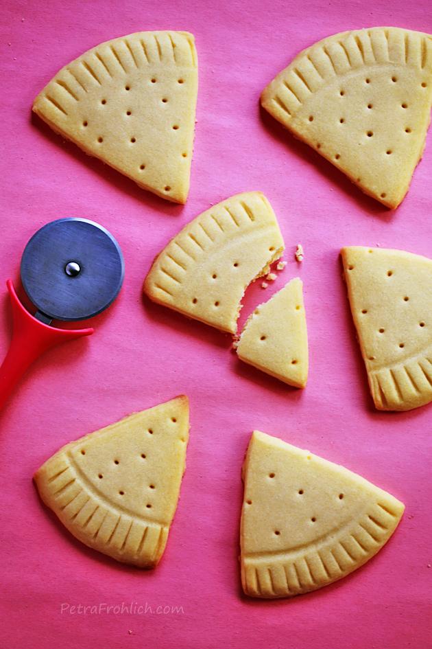 pizza shaped sugar cookies