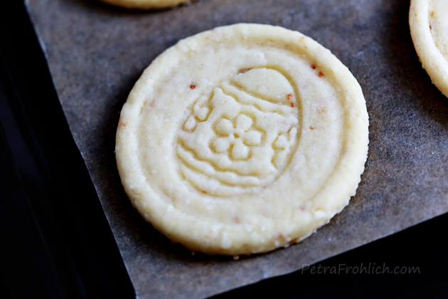 coconut Easter cookies and giveaway