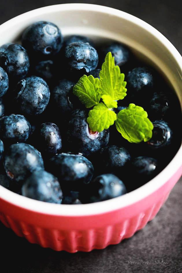 swedish-creme-with-berries-recipe